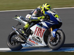 Rossi and Edwards disappointed and embarrassed by Friday practice