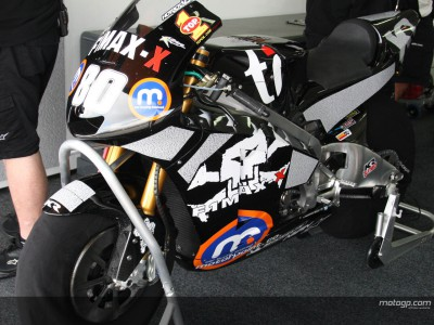 MotoGP fans' names adorn Team Roberts bike