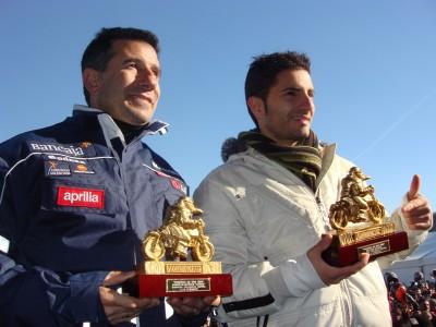 Faubel, Aspar e pinguini alla premiazione spagnola