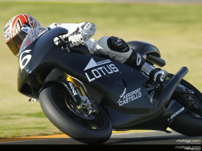 Latecomer Debon closes 250cc test on top
