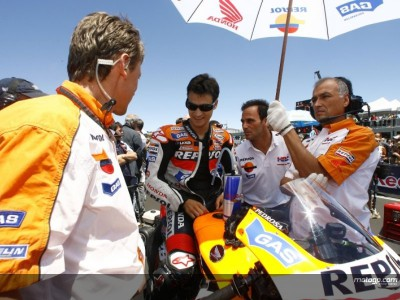 Pedrosa to ride with number two plate