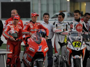 First ever MotoGP night test runs smoothly in Qatar