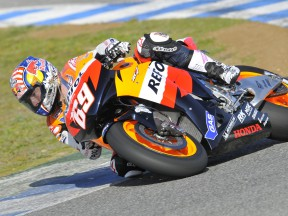 Hayden could revert to 2007 Honda RC212V this weekend