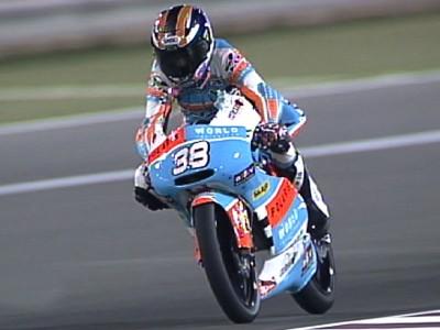 Smith conferma la sua prima pole position nonostante una caduta nel finale