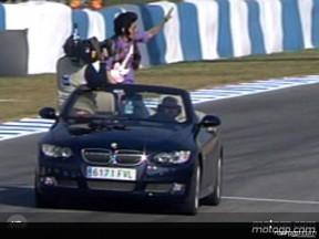 Chikilicuatre anima la jornada de carreras en Jerez
