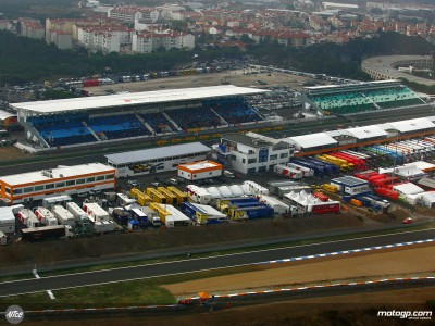 Saturday start delayed following overnight dew at Estoril