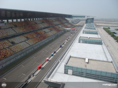 Shanghai sunshine greets MotoGP in Far East