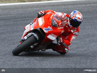 Stoner whets appetite in MotoGP warmup