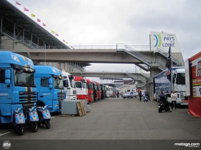 Bright start but rain forecast at Le Mans