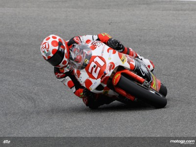 Barbera leads Aprilia fightback in 250cc opener