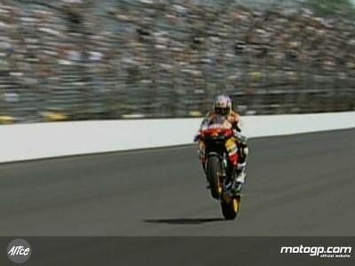 Nicky Hayden fährt beim Indy 500 MotoGP-Demorunde