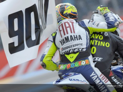 Rossi giving little away ahead of `magnificent seven´ attempt