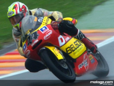Espargaro takes provisional pole in drenched 125cc session