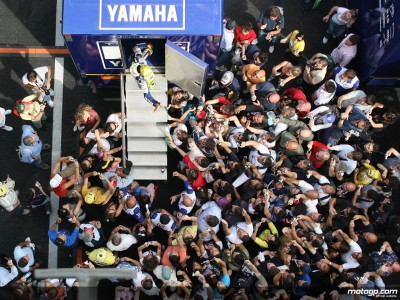 Atmosphere builds at sunny Mugello