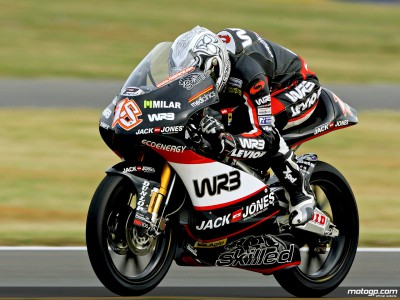 Terol warms up fastest in 125cc