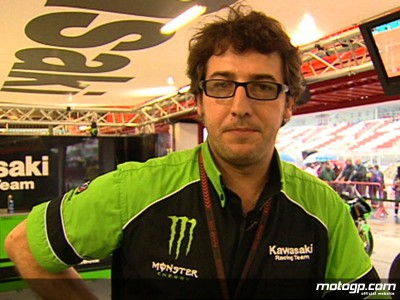 Martinez explains Ninja ZX-RR dashboard display