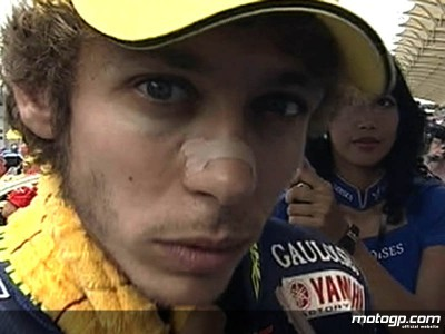 Rossi reaches 200: The paddock pays tribute