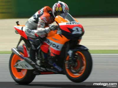 Stoner continues pole position roll with Assen top spot
