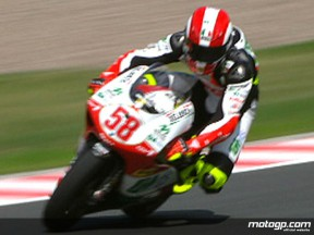 Simoncelli takes provisional pole with record time