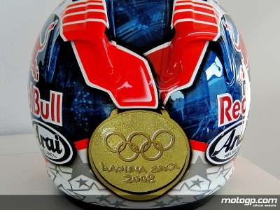 Hayden revela edição especial do seu capacete