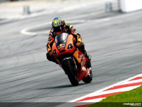 Friday heroics give Aoyama 250cc pole position