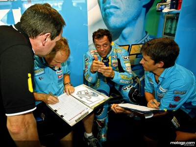 Capirossi the quickest of three Suzuki qualifiers
