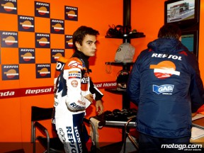 Day of battles for Pedrosa and Hayden