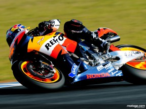 Dovizioso draws positives from Pedrosa pace
