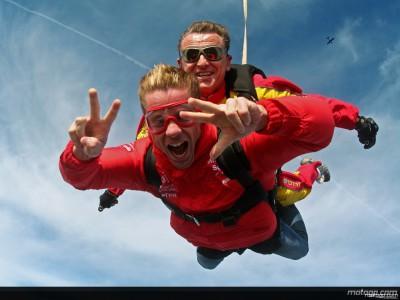 Bautista enjoys skydive challenge
