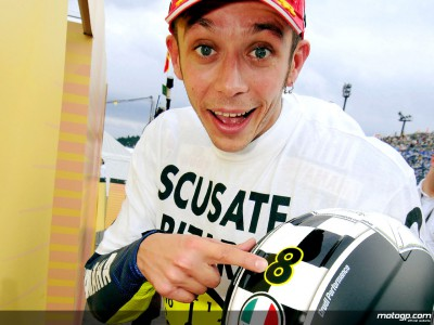 Champion Rossi celebrates 30th birthday