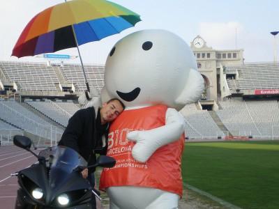 Lorenzo promotes Barcelona 2010 at Olympic Stadium