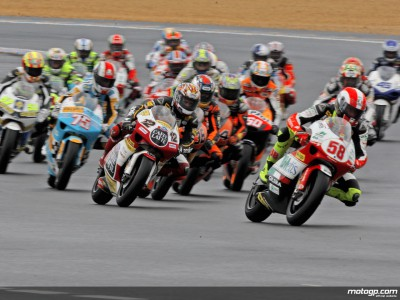 Testfahrten der 250cc und 125cc-Klassen in Estoril