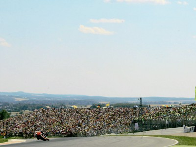 Book your 2009 MotoGP tickets and travel now