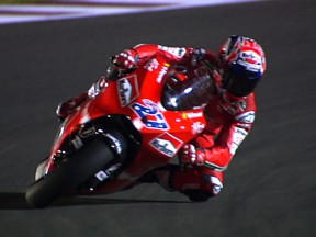 Stoner on the pace as Qatar weekend and 2009 season commence