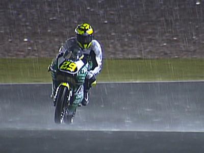 Iannone holt den Sieg im durch Regen verkürzten 125cc-Rennen
