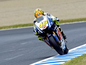 Rossi fights back to head Friday practice standings