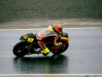 Toth leads the way in wet 250cc run