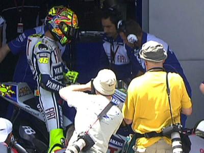 Rossi domina la sesión libre del viernes en Jerez
