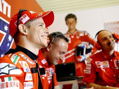 Stoner chiude la prima fila a Jerez