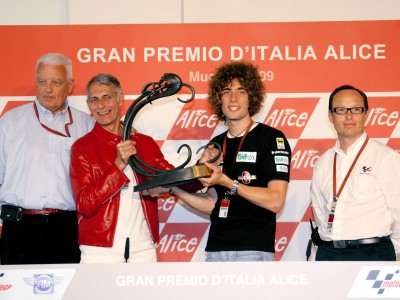 Simoncelli honoured with Bruno Ruffo Trophy