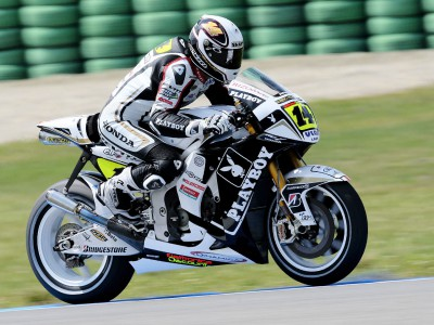 De Puniet springs surprise in opening MotoGP Assen session
