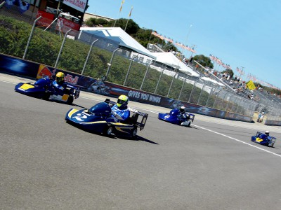 Rossi wins at Laguna Seca… in MotoGP Legends kart race