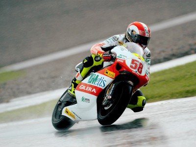 Simoncelli takes second pole of 2009 for German 250cc race