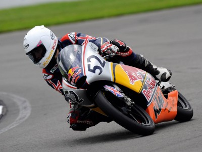 Red Bull MotoGP Rookies Cup: Kent's early Pole