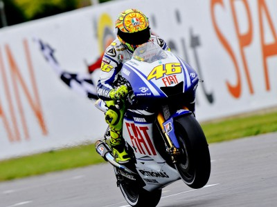Rossi and Lorenzo set to resume title battle