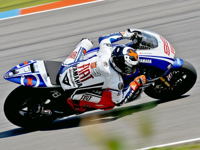 Lorenzo close to qualifying pace in Brno warm up