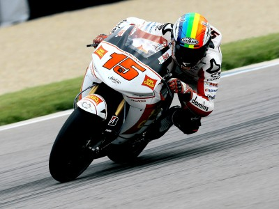 De Angelis on top in MotoGP warm up