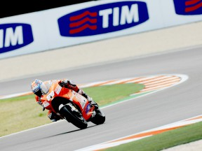 Top ten start for Ducati pair