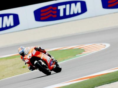 Top ten start for Ducati pair
