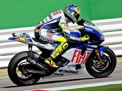 Rossi también manda en el warm up
